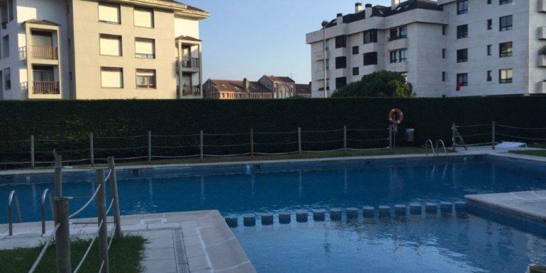 V50 piscina